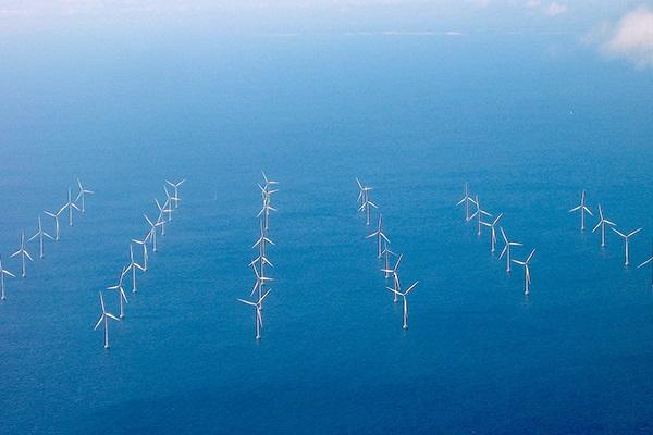 The Lillgrund Wind Farm, used in simulations to determine the turbine-locating possibilities. (image via University of Delaware)