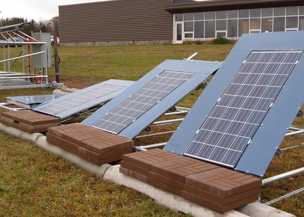 michigan tech solar snow