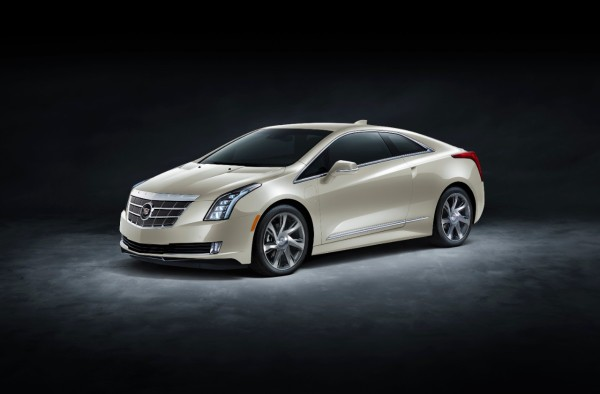 2014-Cadillac-ELR-022-medium