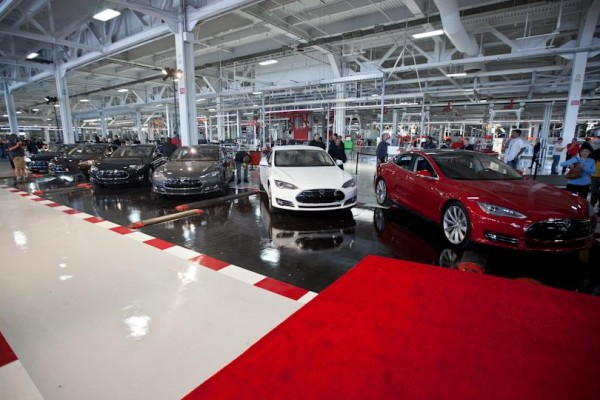 Tesla-Model-S-Delivery-Event