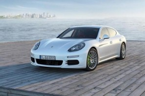 New Plug-in Hybrid and Extended Wheelbase Variants Added to Revised Panamera