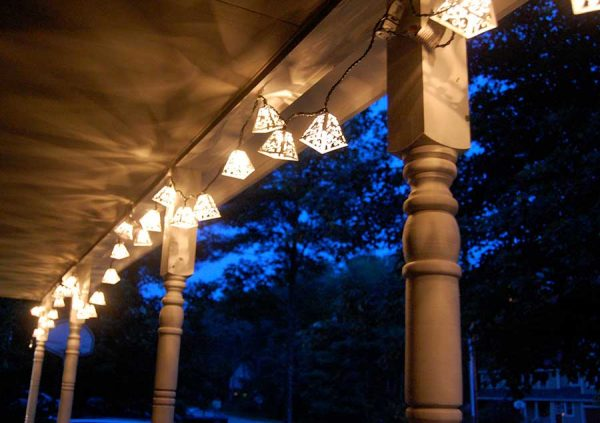7 Best Outdoor Solar Lights For 2019 Earthtechling