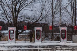 Tesla Owners Suffer Through the Polar Vortex While Solar Panels Keep Plugging Away