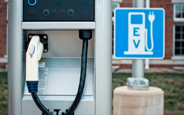 illinois hikes EV registration