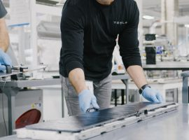 tesla-ramps-up-solar-roof-production-2019